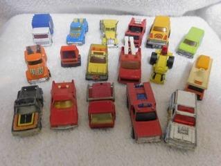 Miniature Trucks   Vans  17 ea