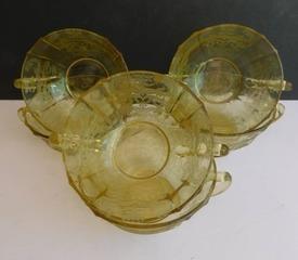 Golden Depression Glass   6 Dessert Bowls