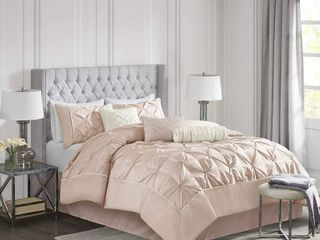 Madison Park Vivian Blush Pieced Pleated 7 piece Comforter Set   Queen