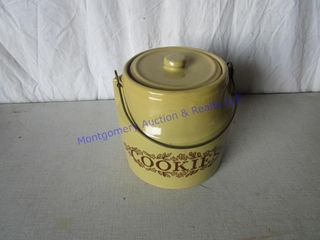 MONMOUTH COOKIE JAR