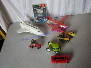 TOY AIRPlANES   TRACTORS