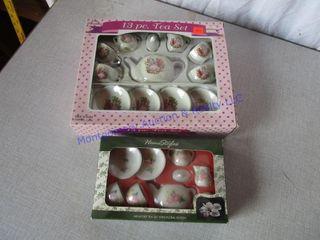 MINATURE TEA SETS  IN BOX
