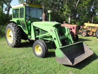 John Deere 4020 Tractor w/ FEL