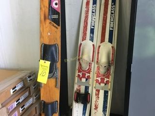 SET OF KIMBALL WATER SKIS & CYRESS GARDEN WOOD SKI