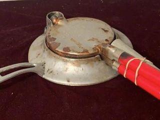 Scandinavian Krumkake Iron