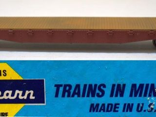 Undecorated Flat Car Athearn HO