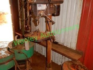 Central Machinery 16-Speed Drill Press
