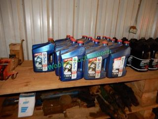 (18 +/-) Gallons Delo 15 W40 400 SDE Motor Oil