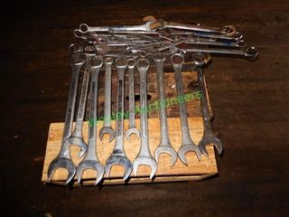 Heavy Duty Wrenches In Group