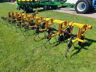 Alloway 8 Row 3pt Cultivator