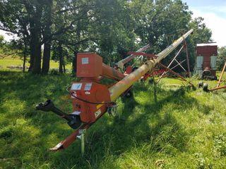 10x61 Westfield Swing Hopper Grain Auger