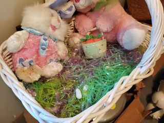 LARGE WHITE EASTER BASKET OF BUNNIES