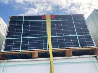 (110) BP 175 Watt Solar Panels