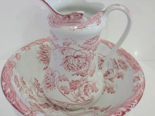 COlONIAl POTTERY WASH BASIN AND WATER PITCHER