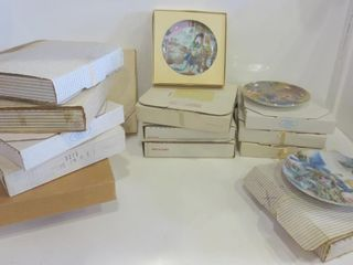 BOXED COllECTOR PlATES   ASSORTED   MOST WITH