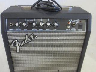 FENDER FRONTMAN 15G ElECTRIC GUITAR PRACTICE AMP