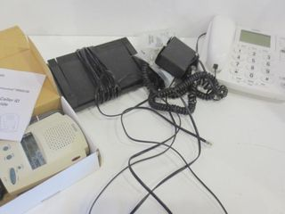 lARGE NUMBER DESK TElEPHONE  DICTAPHONE