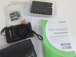 CANON POWERSHOT CAMERA WITH CHARGER  CASE AND