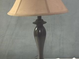 TRADITIONAl TABlE lAMP   METAl   REWIRED