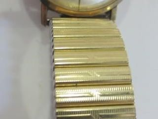 14KT GOlD PlATED ERMANO MEN S WATCH   17 JEWElS