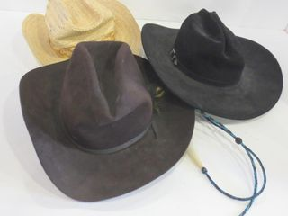 FElT AND STRAW COWBOY HATS
