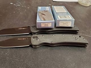 2  Cold Steel Recon 1 Knives