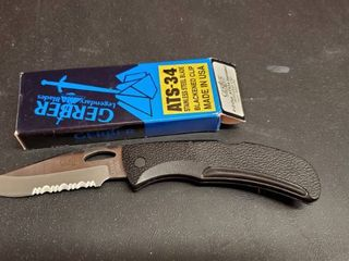 Gerber ATS 34 Knife