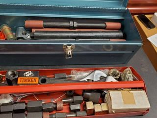 Metal Toolbox With Hardware