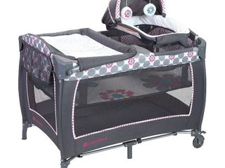 Baby Trend lil Snooze Deluxe 2 Nursery Center with Changing Table  Daisy Dots