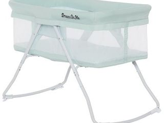 Dream On Me Meghan Portable Bassinet in Green