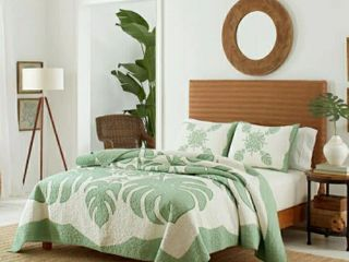 King Size Tommy Bahama Molokai Green Quilt and Sham Separates