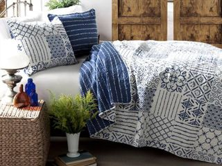 Monique Ultra Soft 3 Piece King Quilt Set