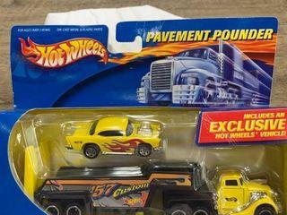 Hot Wheels  pavement pounder
