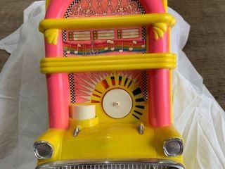 Jukebox pink yellow Chevy