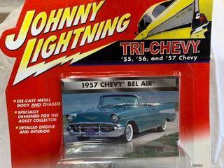 Johnny lightning Tri chevy 1956 56 Chevrolet Nomad Bel Air Car Gold Diecast 1 64