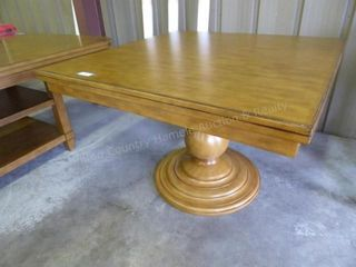 Home Meridian single pedestal dining table