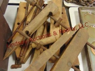 Wooden twist furniture clamps that need to be put