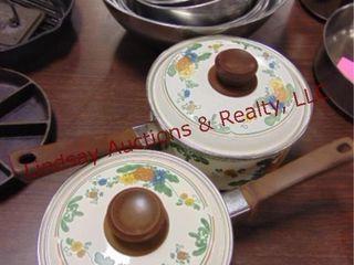10pcs  2 pots w  lids   8 metal mixing bowls