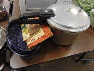 Imusa pressure cooker  3 books  graniteware pot w