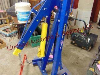 Goodyear racing shop crane w  load leveler