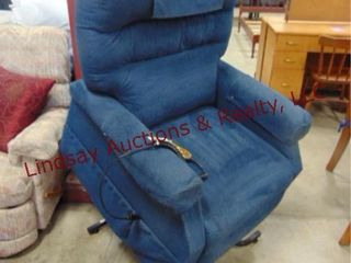 Golden pwrd lift chair w  remote WORKS