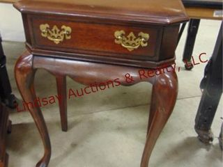 wood side table w  1 drawer 21 x 12 x 29