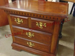 wood 2 drawer night stand 26 x 15 x 26