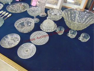 approx 13pcs glass  punch bowl  candy dish  others