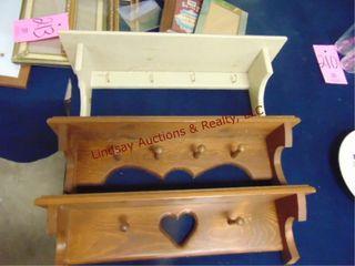 3 wood decorative shelves w  hooks
