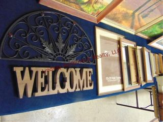 12 pcs  picture frames  welcome sign   other