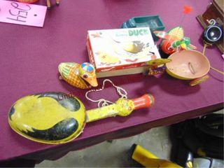 6 pcs vintage toys  ducks  truck  other
