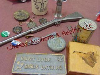 Approx 18 pcs misc  gun lighter  cuff links