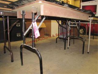 4 folding tables