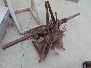 3pt cullivator   leveling blade